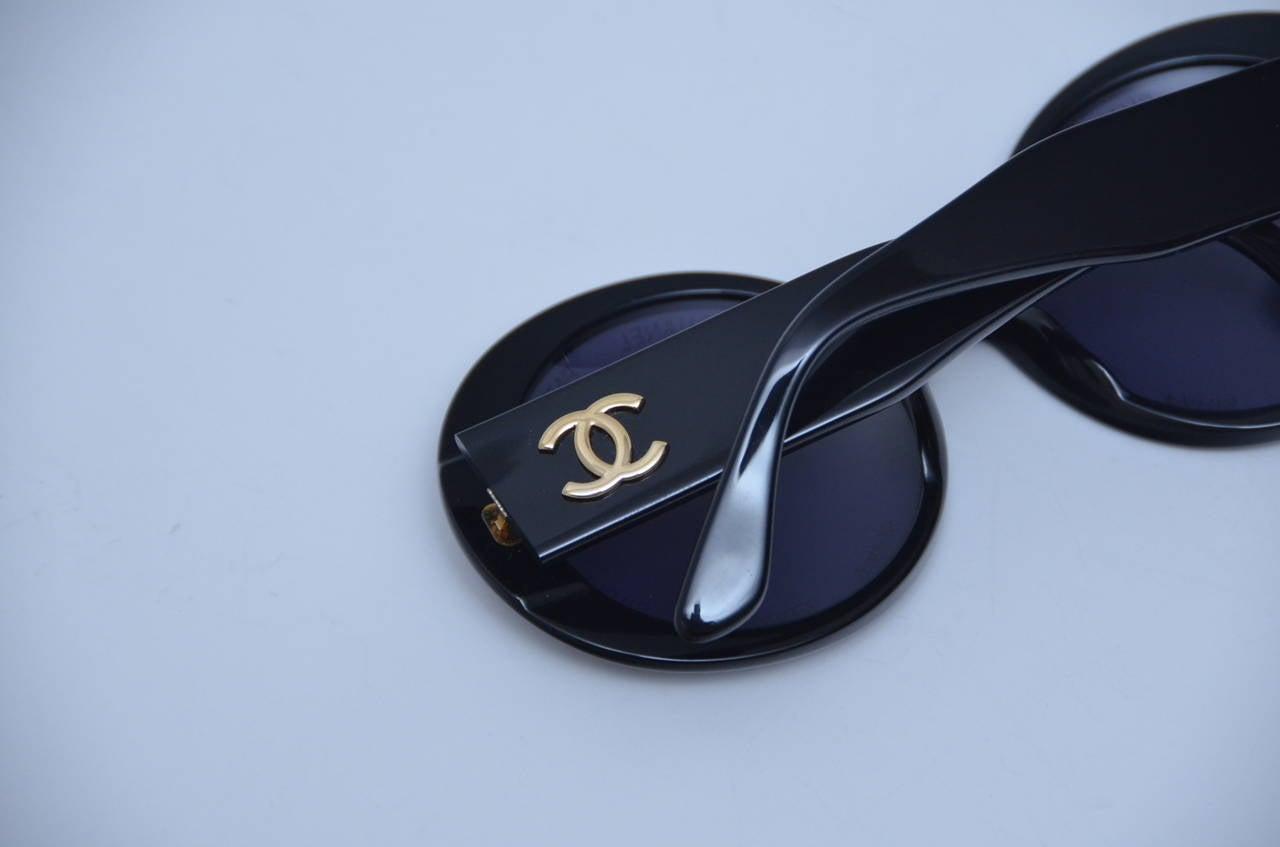 "Chanel Vintage Rare  ""CHANEL PARIS"" Sunglasses As Seen On Rihana  MINT 8"