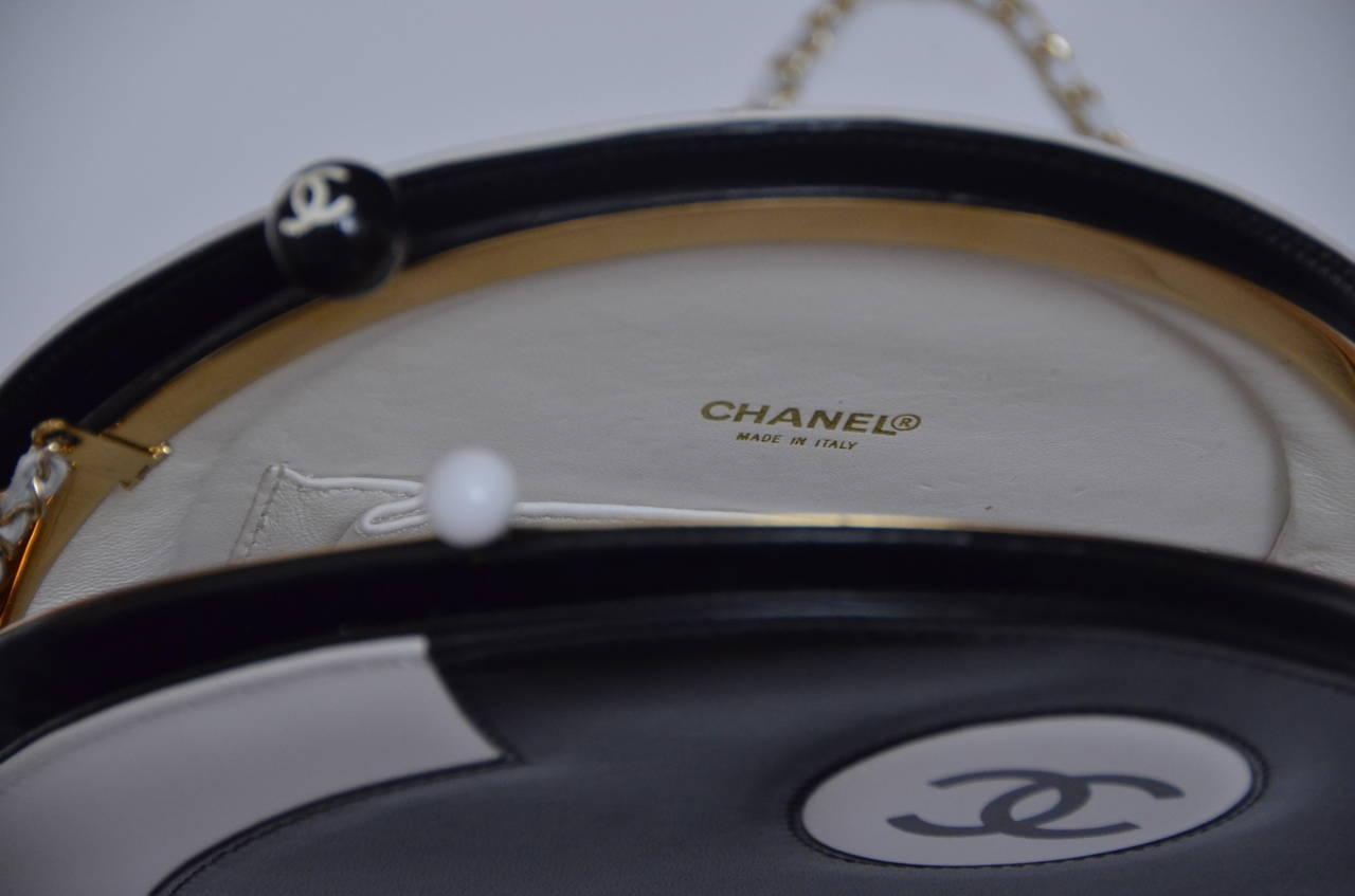 Chanel Rare Circle Vintage Handbag  Mint 1