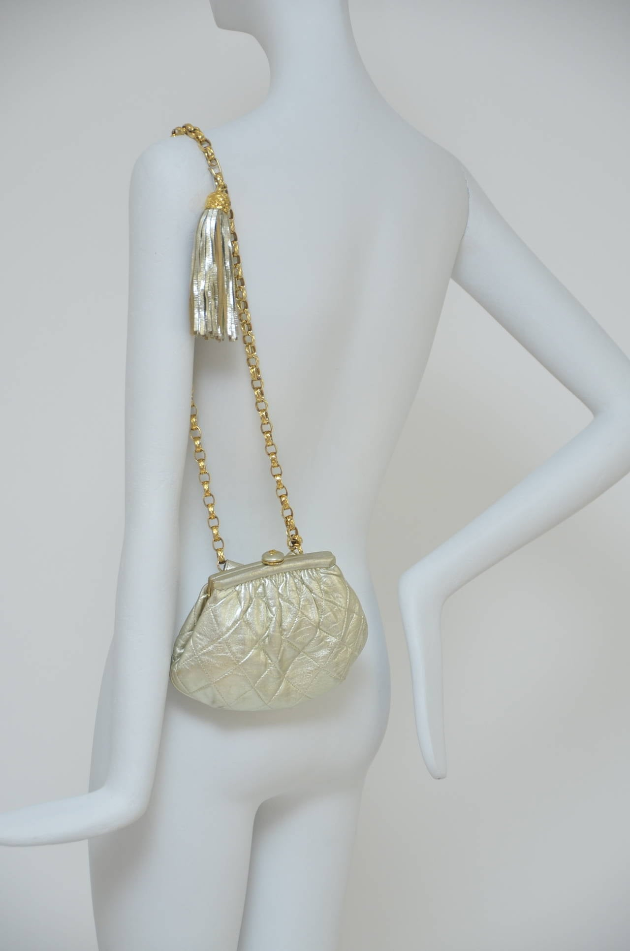 Chanel Vintage Waist Evening  Bag Clutch With Tassel For Sale 1