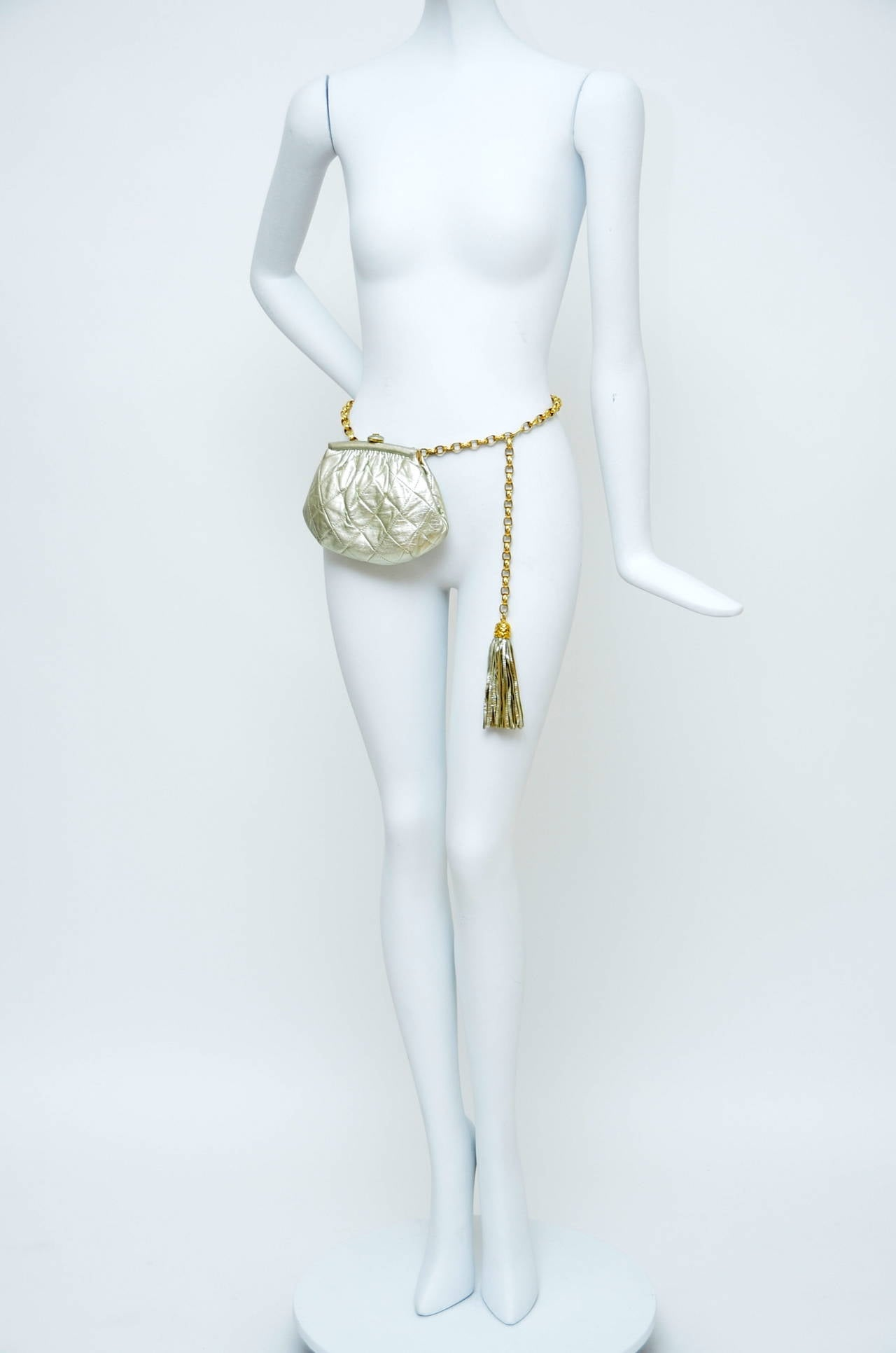 Chanel Vintage Waist Evening  Bag Clutch With Tassel For Sale 4