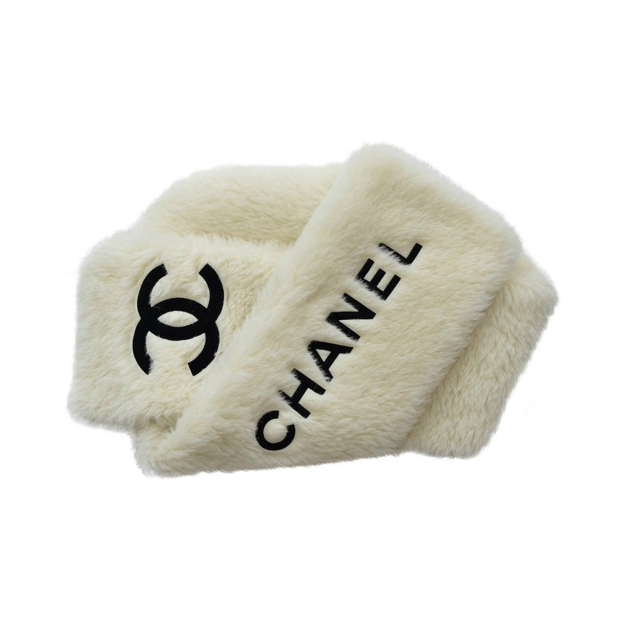 CHANEL  Vintage Faux Fur Large Scarf Stole 1