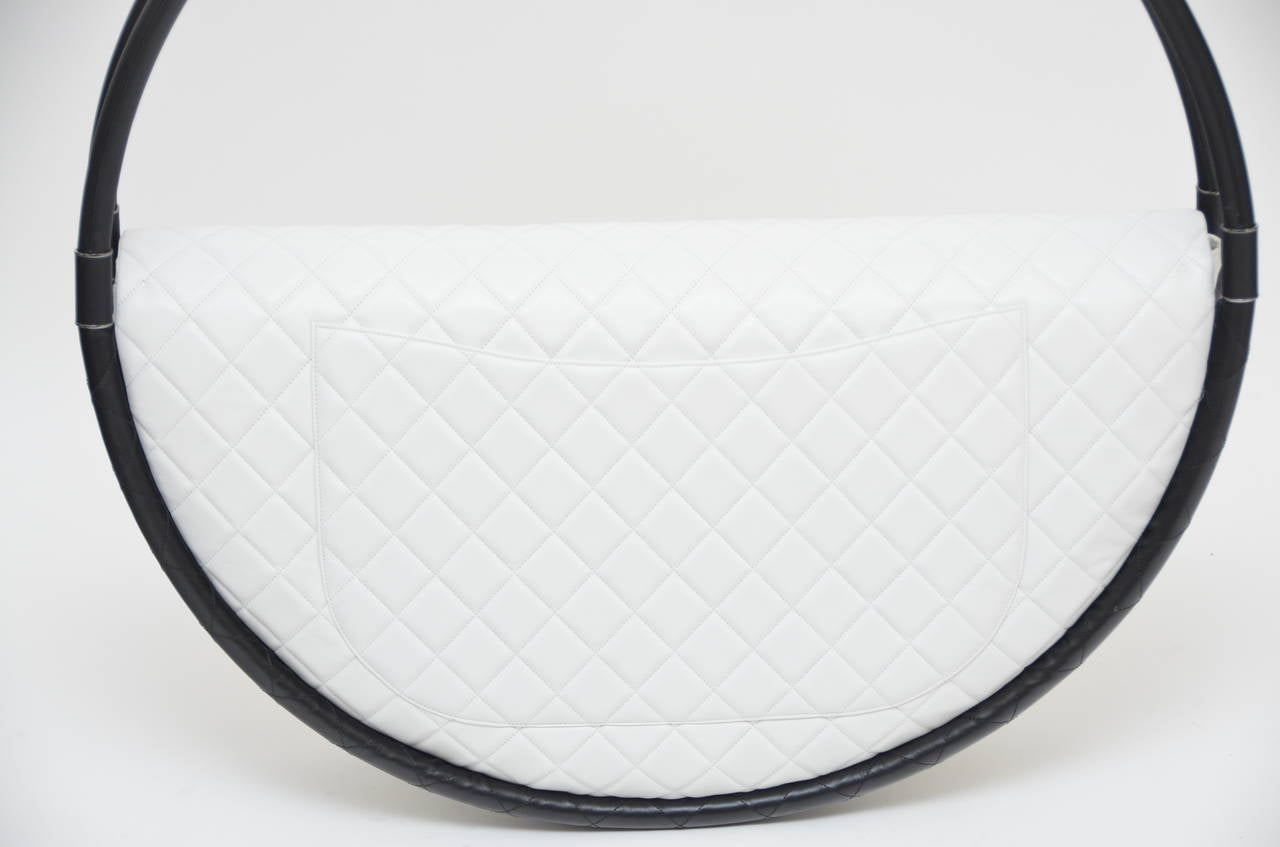 FOR DISPLAY ONLY CHANEL Hula Hoop Runway  X-LARGE Bag  Limited  S/S 2013 NEW 10
