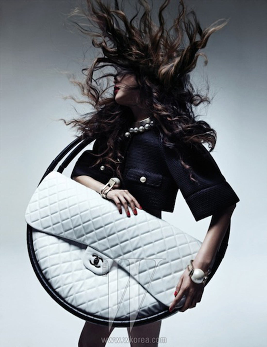 FOR DISPLAY ONLY CHANEL Hula Hoop Runway  X-LARGE Bag  Limited  S/S 2013 NEW 6