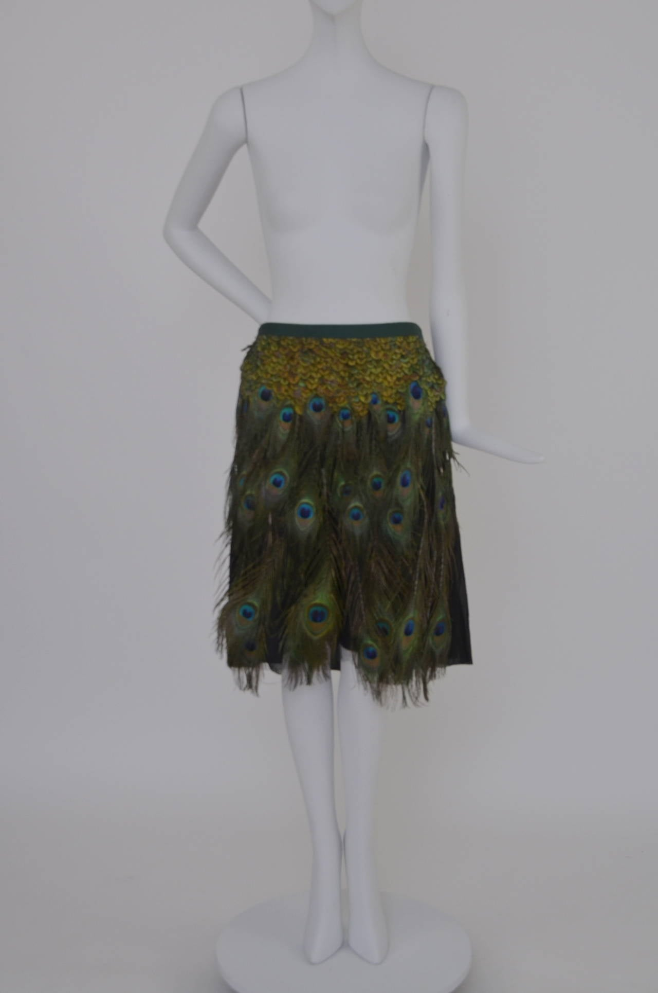 Prada Peacock  Runway Skirt  New 38 In New Never_worn Condition For Sale In Hollywood, FL