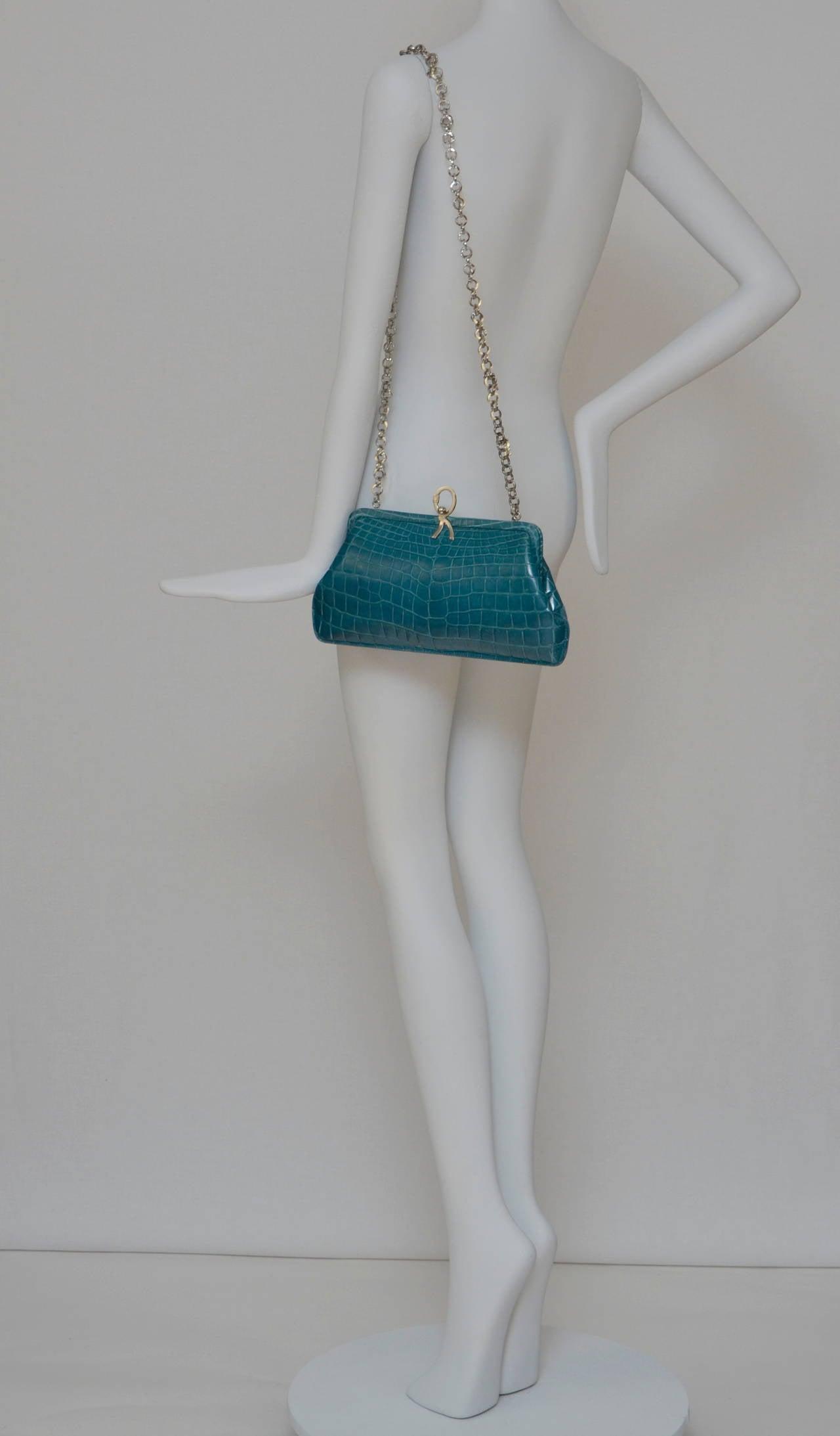 ROBERTA DI CAMERINO Crocodile Clutch Handbag Mint 10