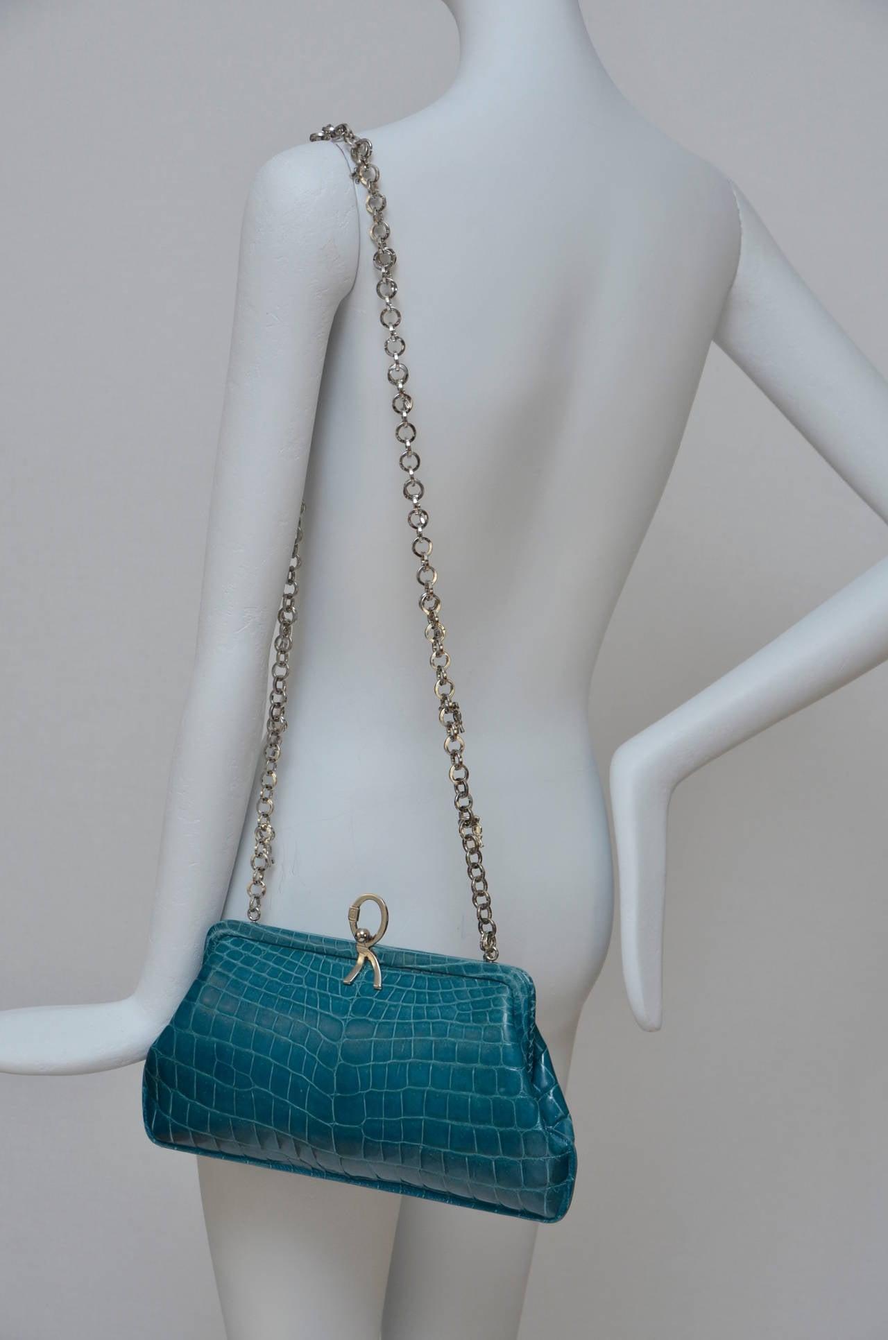 ROBERTA DI CAMERINO Crocodile Clutch Handbag Mint 9