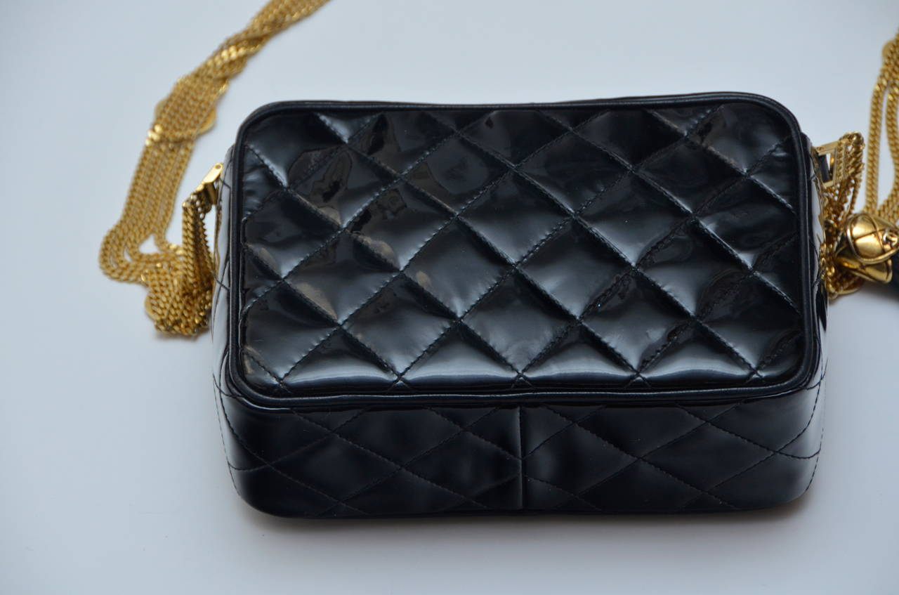 93f9a9b38a98 Chanel Rare Vintage Mini Patent Handbag With Gold Chain . Excellent  condition. Camera style handbag