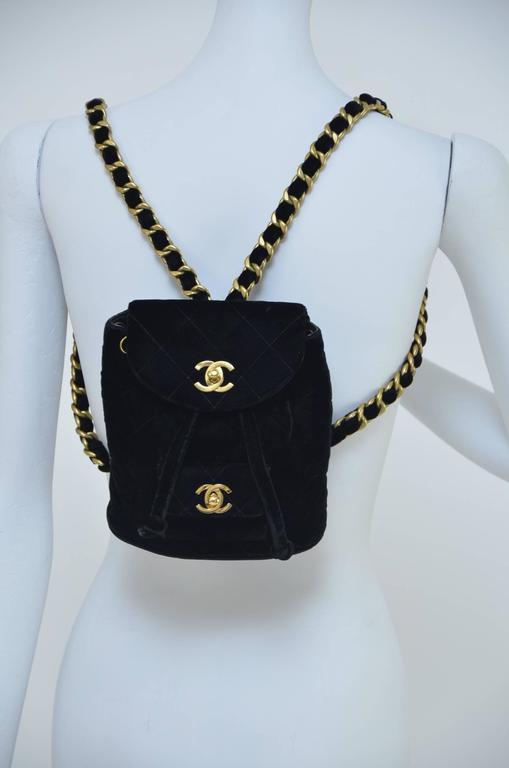 CHANEL Super Rare  Mini Velvet Backpack 1990's MINT  For Sale 1