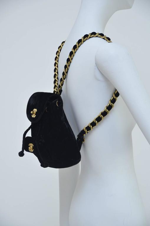 CHANEL Super Rare  Mini Velvet Backpack 1990's MINT  For Sale 2
