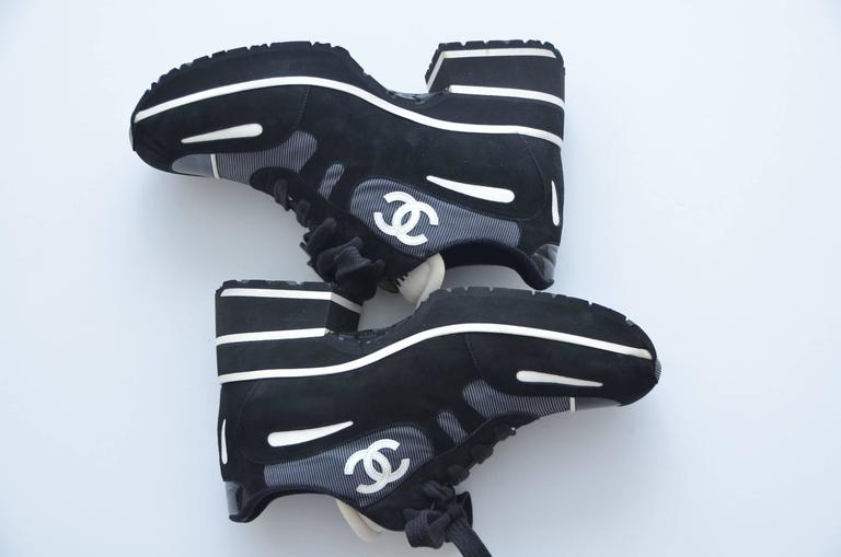 CHANEL  1997 Platform Black/White Shoes Sneakers New 38.5 7
