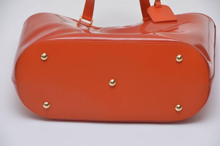 Louis Vuitton Orange  Beach  Bag  In Good Condition For Sale In Hollywood, FL