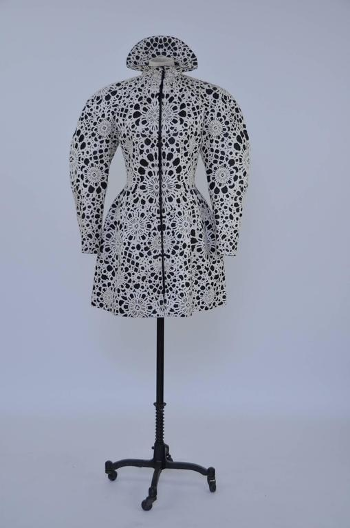 Alexander McQueen Metropolitan Museum of Art Exhibited Coat  Retailed $20,000 In New Condition For Sale In Hollywood, FL