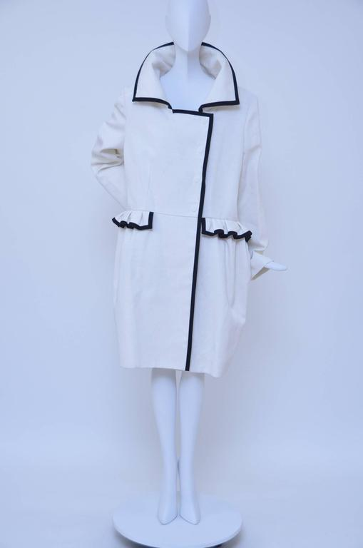 Stefano Pilati For YSL Yves Saint Laurent Resort 2010 Coat  NEW In New never worn Condition For Sale In Hollywood, FL