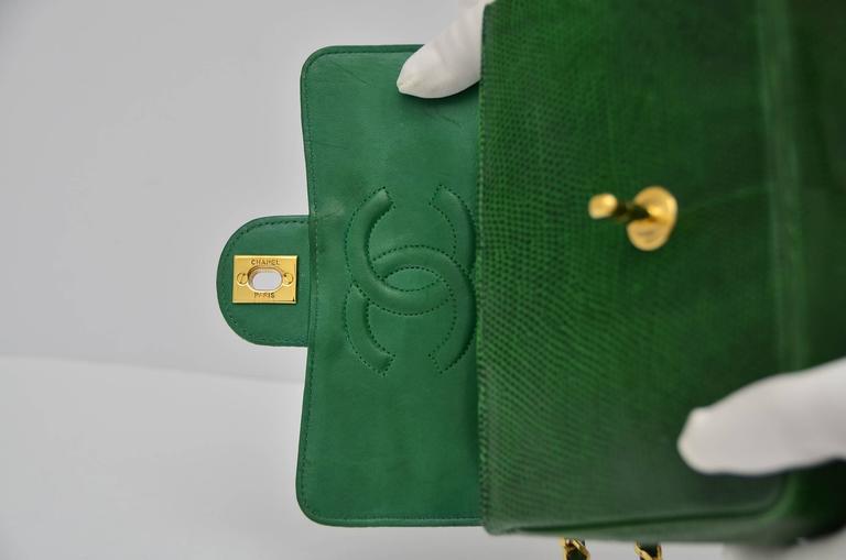 CHANEL Rare Vintage  Emerald Green Lizard Mini Handbag  Excellent For Sale 3