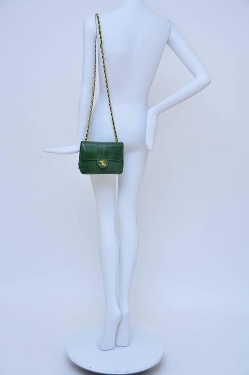 CHANEL Rare Vintage  Emerald Green Lizard Mini Handbag  Excellent For Sale 6