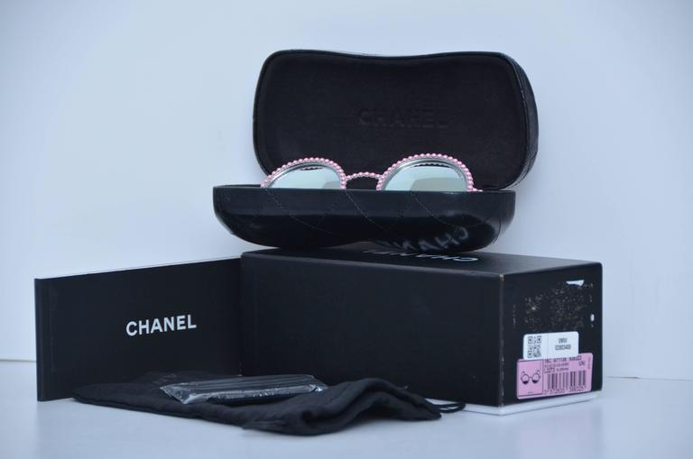 CHANEL PINK PEARL Sunglasses 2016 Limited Ed. Seen On Rose Depp Collector's 2