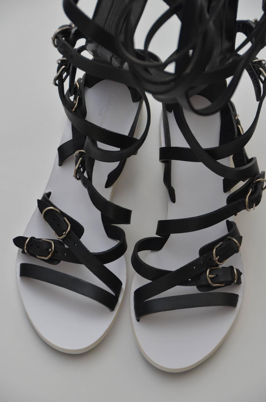 Balenciaga Black Leather Gladiator Sandals 40 New For Sale