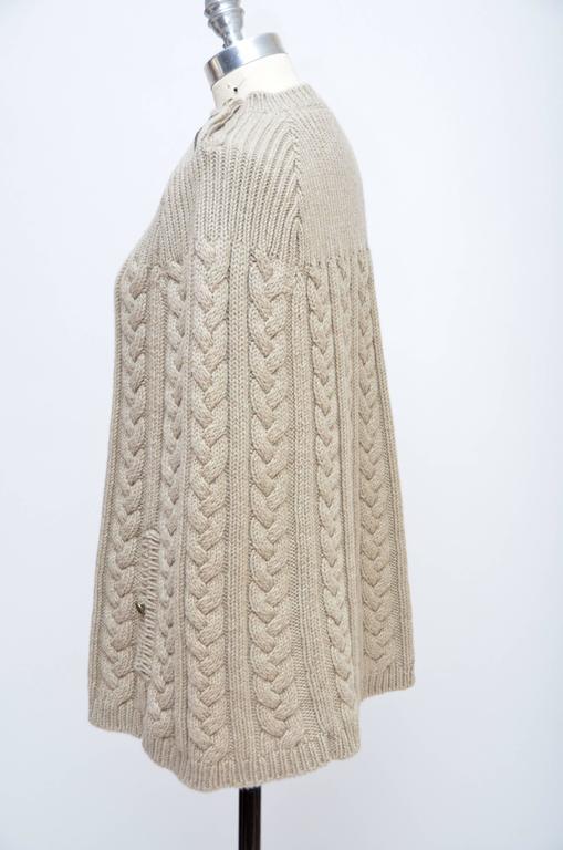 Beige Louis Vuitton Wool Cape Cable Knit Poncho Mint Size M For Sale