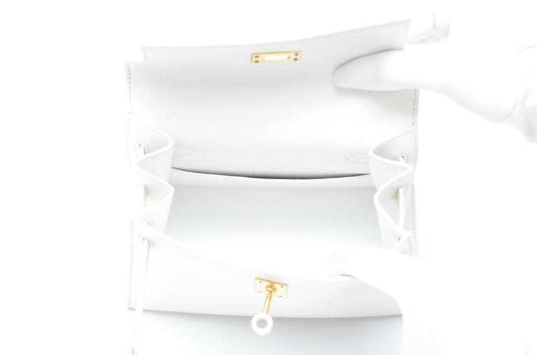 HERMES Super Rare White Mini Kelly  Gold Hardware 20 CM Veau Gulliver Leather For Sale 1