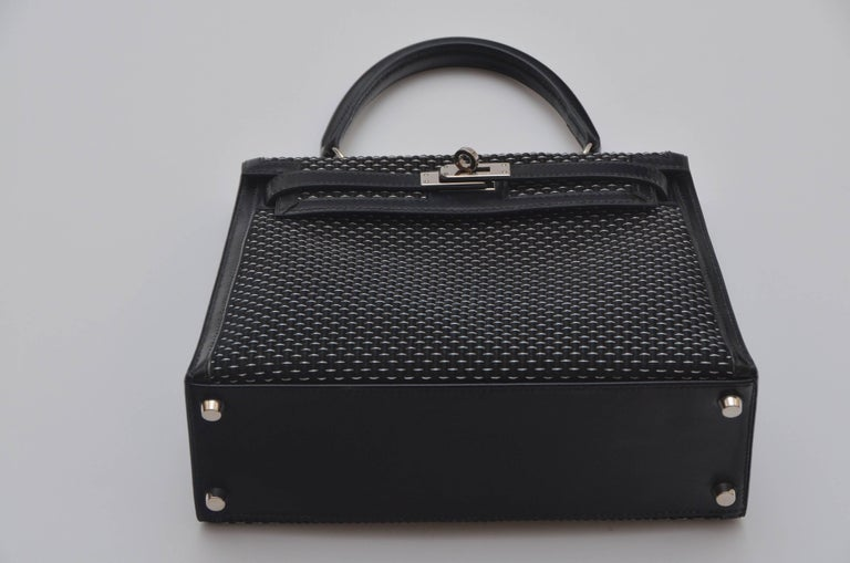 Hermes Kelly 25 CM  Sellier Crinoline Horse Hair   In Excellent Condition For Sale In Hollywood, FL