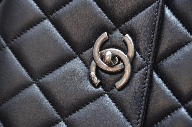bb1710bbd533 Chanel Black Large Trendy CC Classic Handle Shoulder Flap Tote Bag For Sale  9