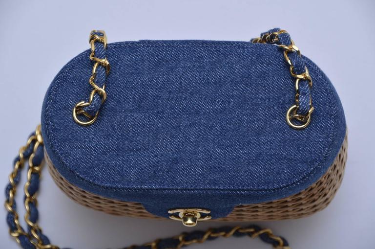 Vintage CHANEL Straw Raffia Denim Top Handbag Mint  3
