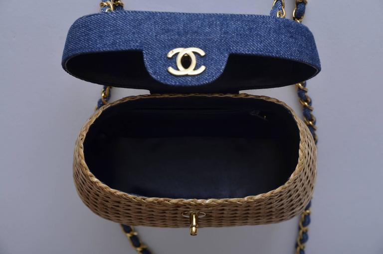 Vintage CHANEL Straw Raffia Denim Top Handbag Mint  5