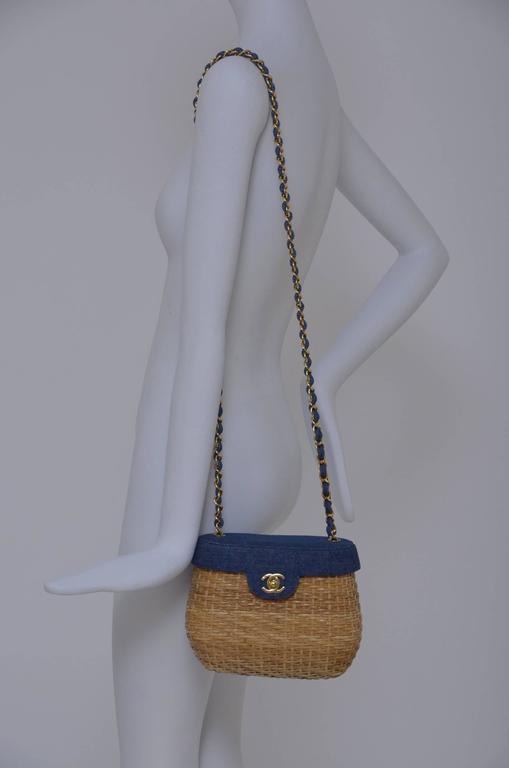 Vintage CHANEL Straw Raffia Denim Top Handbag Mint  9