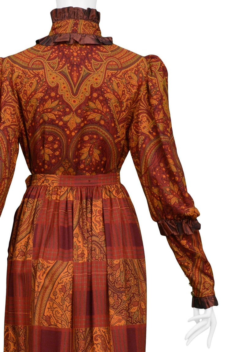 Vintage Yves Saint Laurent Autumn Tone Paisley Ruffle & Taffeta Trim Ensemble  In Excellent Condition For Sale In Los Angeles, CA
