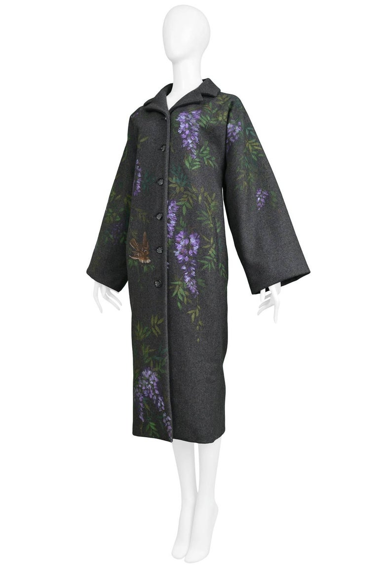 Vintage Dolce & Gabbana Hand-painted Flowers + Birds Wool Kimono Coat 1998 In Excellent Condition For Sale In Los Angeles, CA