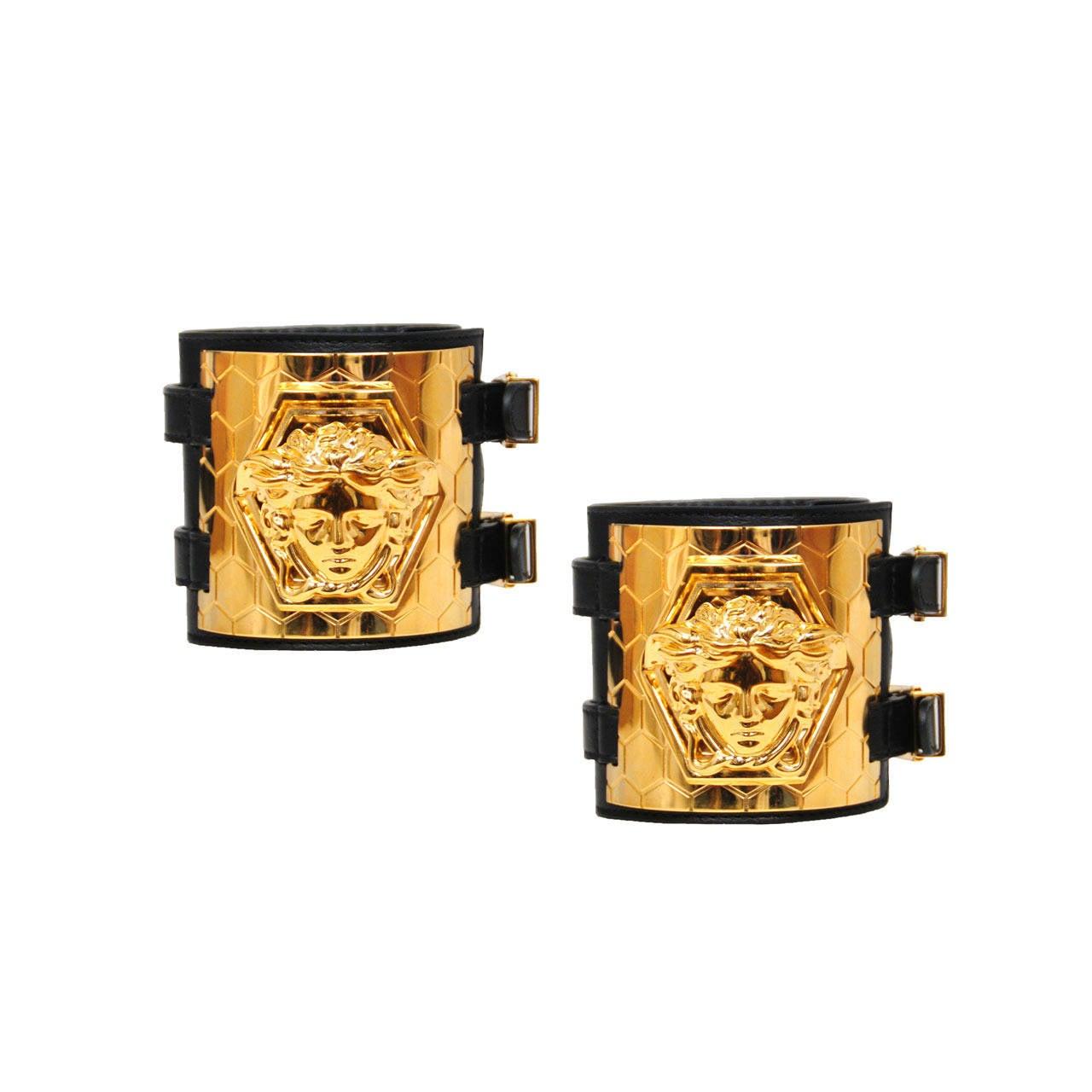 versace medusa leather cuffs at 1stdibs. Black Bedroom Furniture Sets. Home Design Ideas