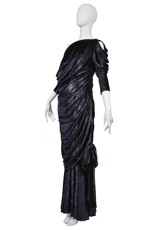 Yves Saint Laurent Couture Metallic Velvet Gown In Excellent Condition For Sale In Los Angeles, CA