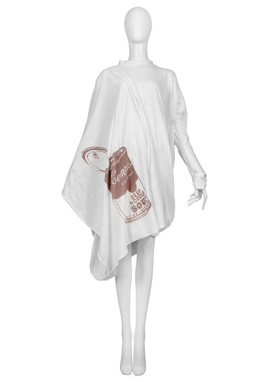 Vintage Vivienne Westwood and Malcolm McLaren World's End toga dress with Andy Warhol Campbell Soup print. Made of white cotton knit. One size. A 'Nostalgia of Mud' (Buffalo) Collection Autumn / Winter 1982-3.
