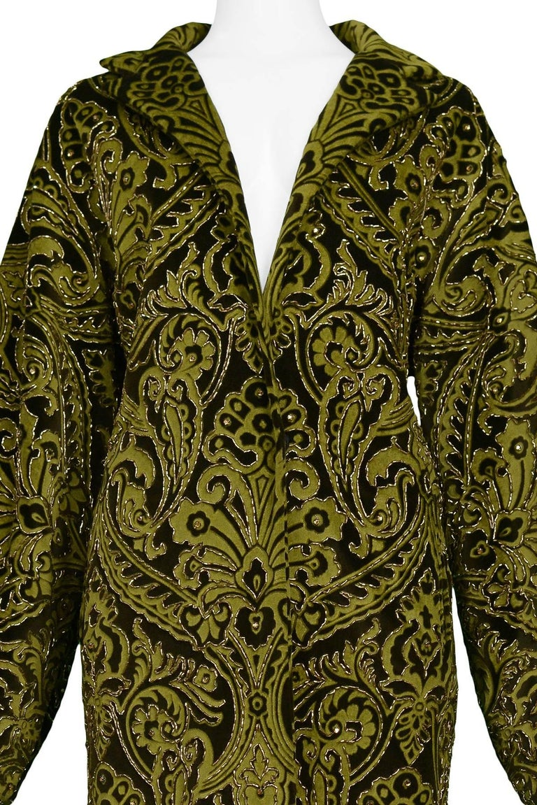 Dolce & Gabbana Important Velvet Beaded Coat  In Excellent Condition For Sale In Los Angeles, CA