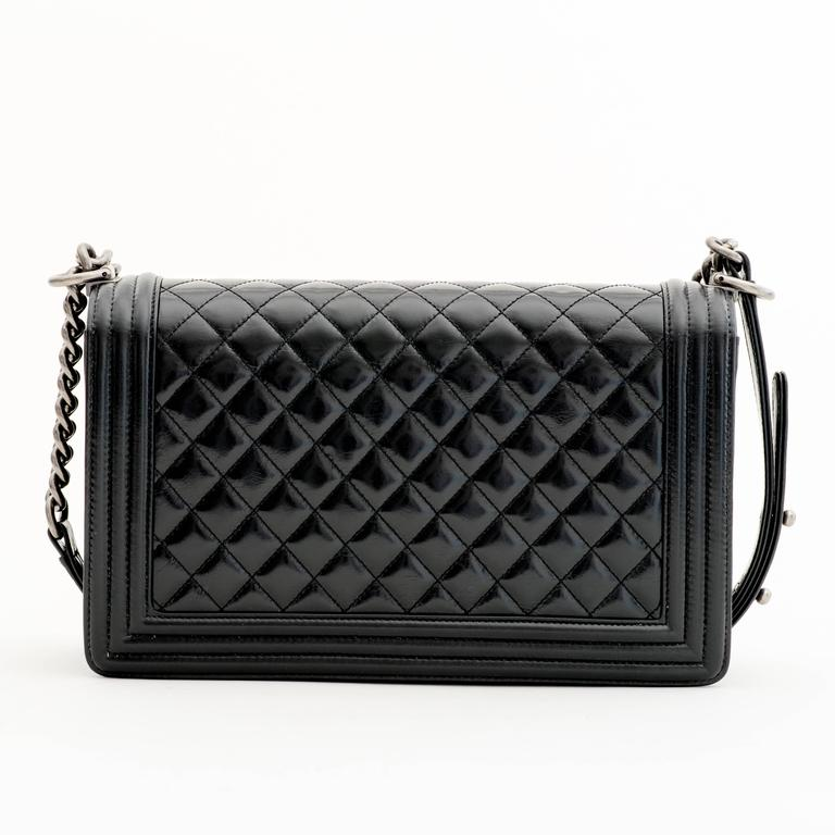 Chanel Glaze Calf New Medium Boy Flap Bag in Black 2