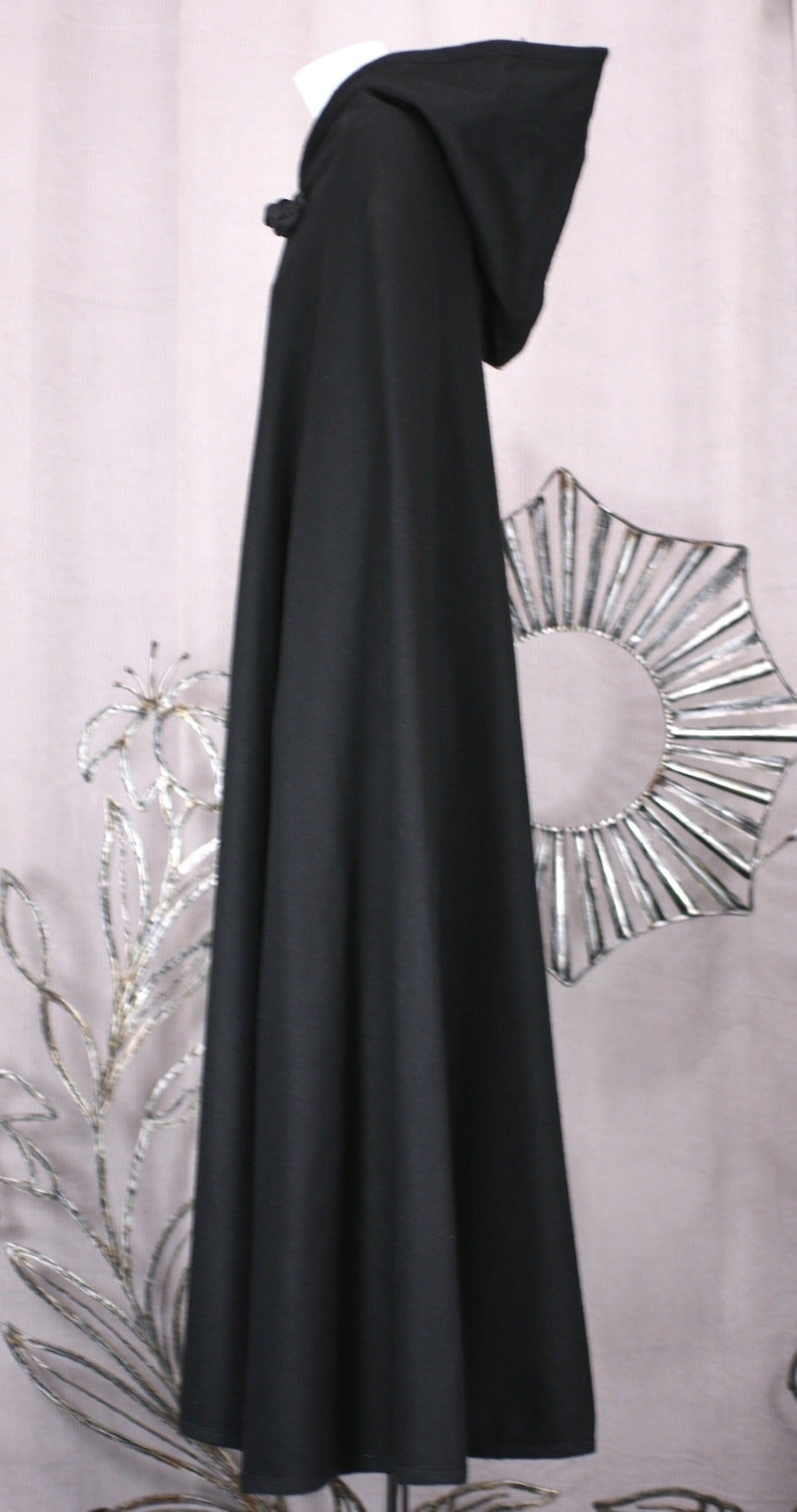 Wool Melton Cape, Attrib. YSL In Good Condition For Sale In Riverdale, NY