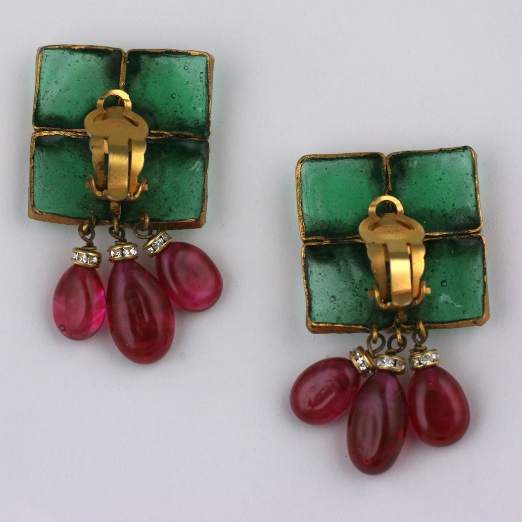 Vintage Gripoix Emerald and Ruby Drop Earclips 3