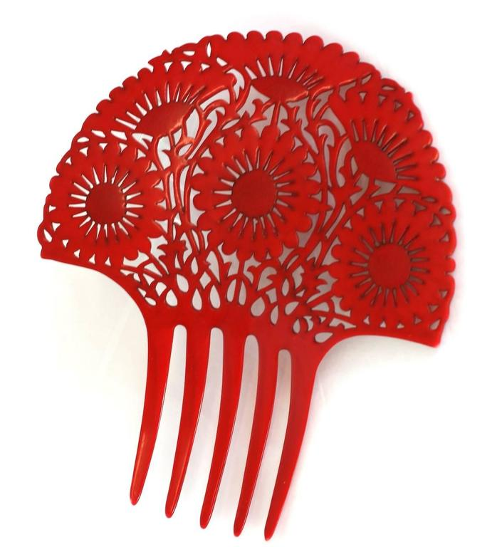 Art Deco French Celluloid Marguerite Hair Comb 3