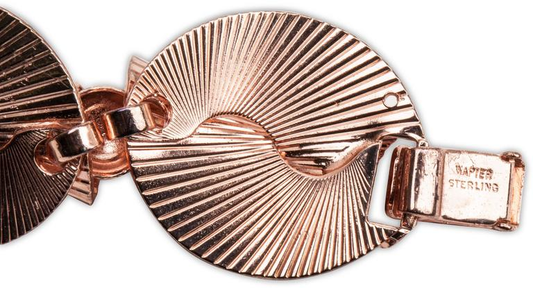 Napier Retro Pink Gold Link Bracelet In Excellent Condition For Sale In Riverdale, NY