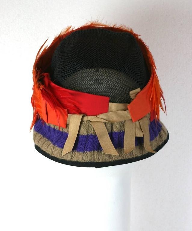 Prada Spring 2005, Exotic Feather Cloche Hat In Excellent Condition For Sale In Riverdale, NY