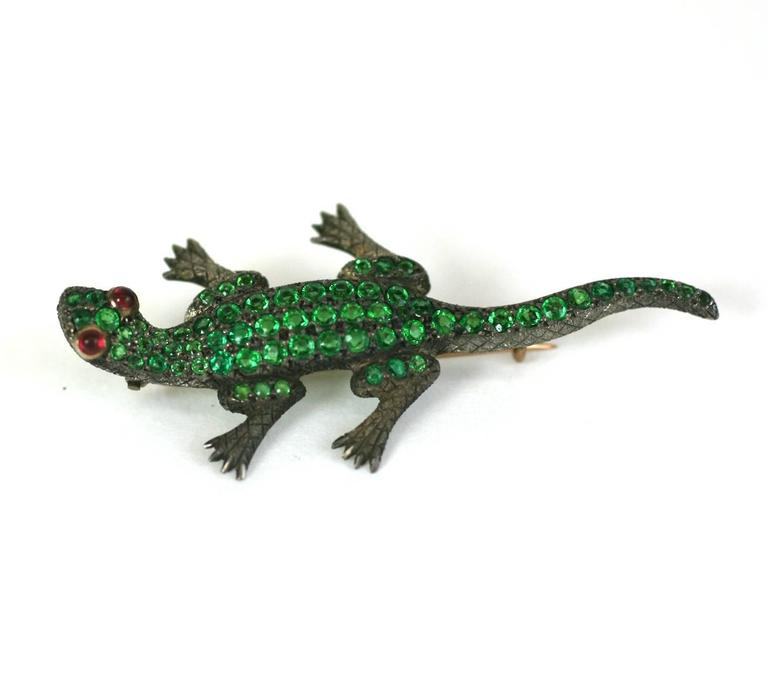 Charming Victorian Jeweled Lizard Brooch For Sale at 1stdibs