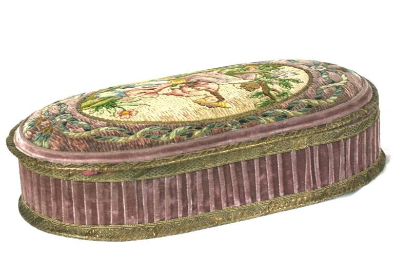 Wonderful  Deco French Boudoir Box with Chenille Embroidery 4