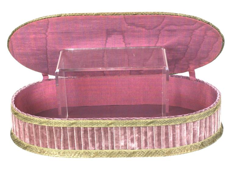 Wonderful  Deco French Boudoir Box with Chenille Embroidery 5