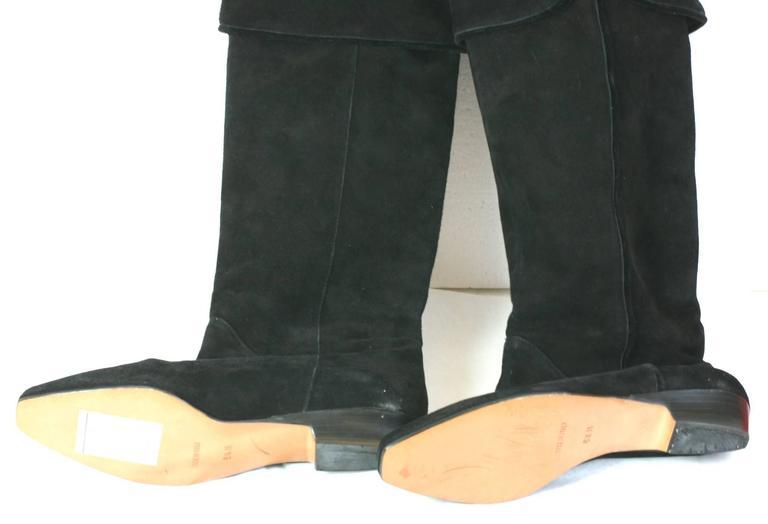 703fa4af587 Yves Saint Laurent High Black Suede Boots For Sale at 1stdibs