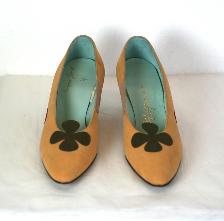 da4bd723853 Charming Floral Applique Kitten Heel Pumps
