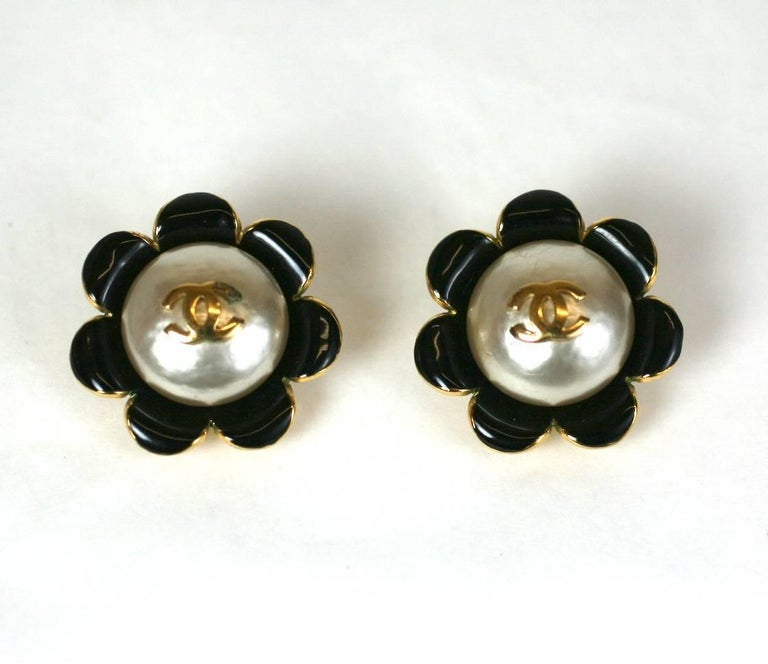Chanel Enamel Flower Logo Earrings In Excellent Condition For Sale In Riverdale, NY