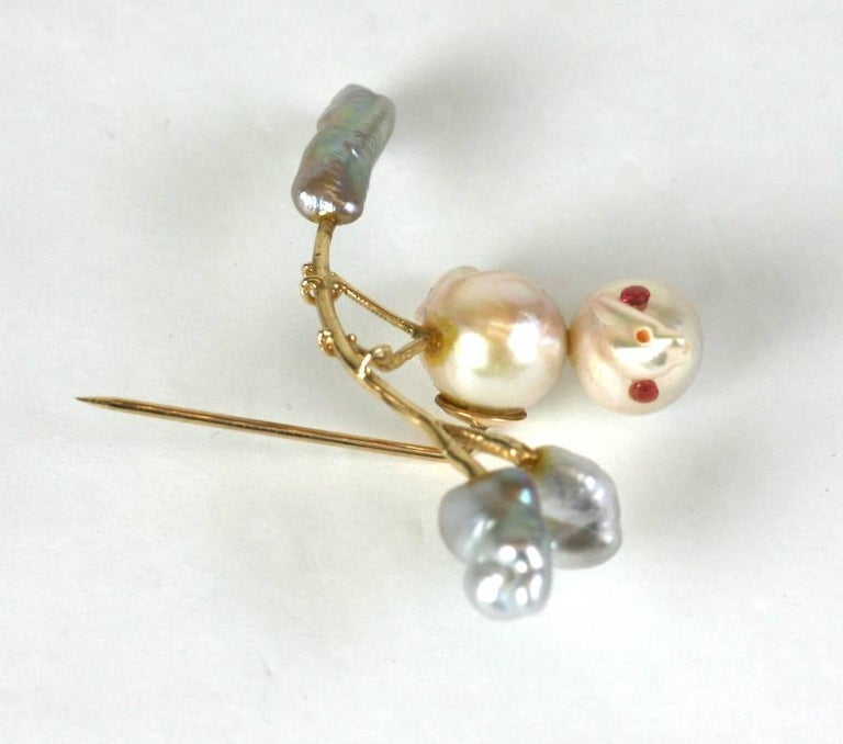 Biwa Pearl Birdie Stickpin Brooch In Excellent Condition For Sale In Riverdale, NY