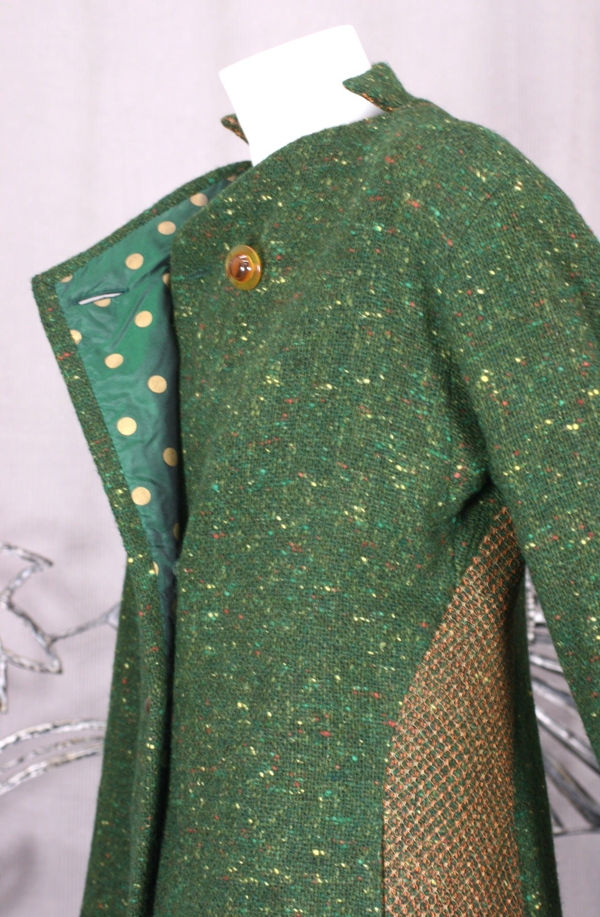 Geoffrey Beene Green Tweed Ensemble In Excellent Condition For Sale In Riverdale, NY