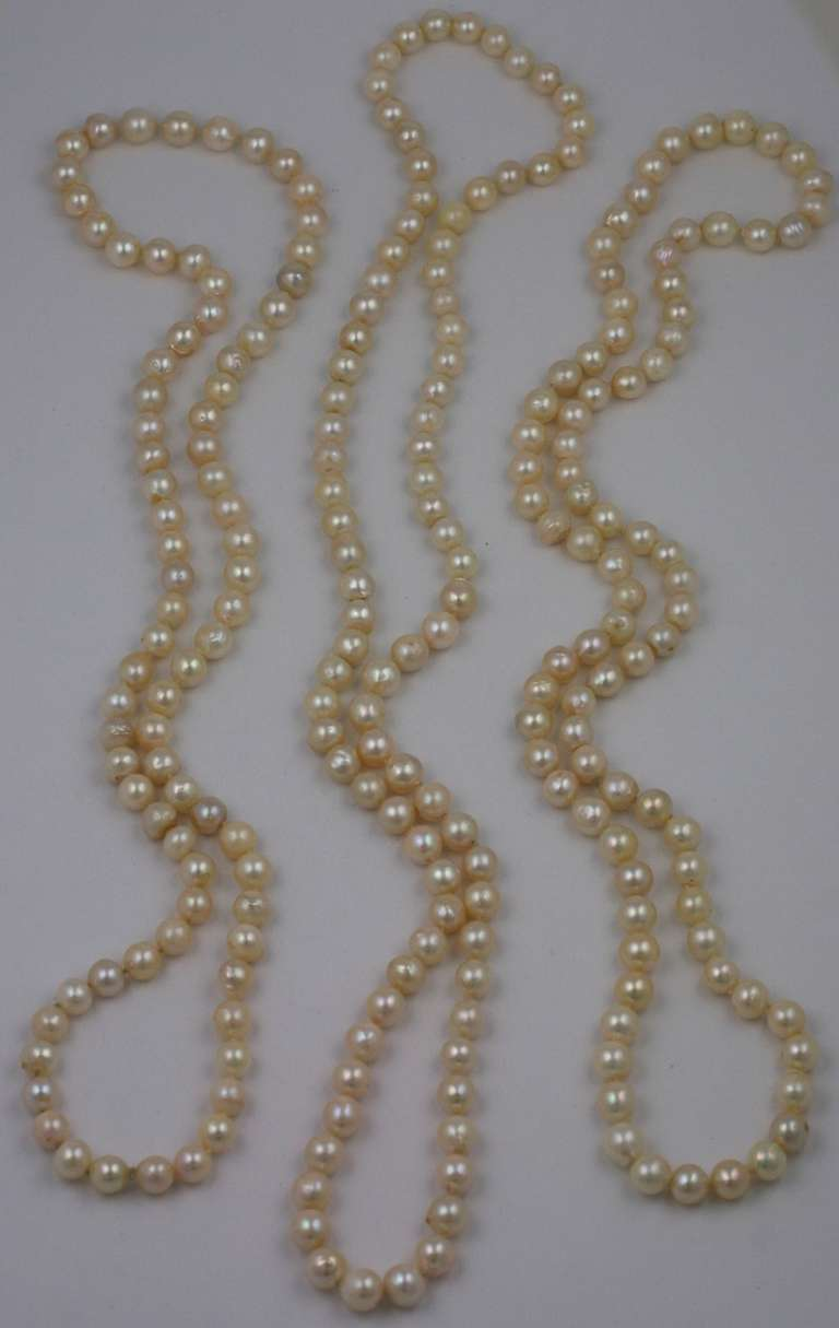 Triple Strand Cultured Pearl Necklaces In Good Condition For Sale In Riverdale, NY