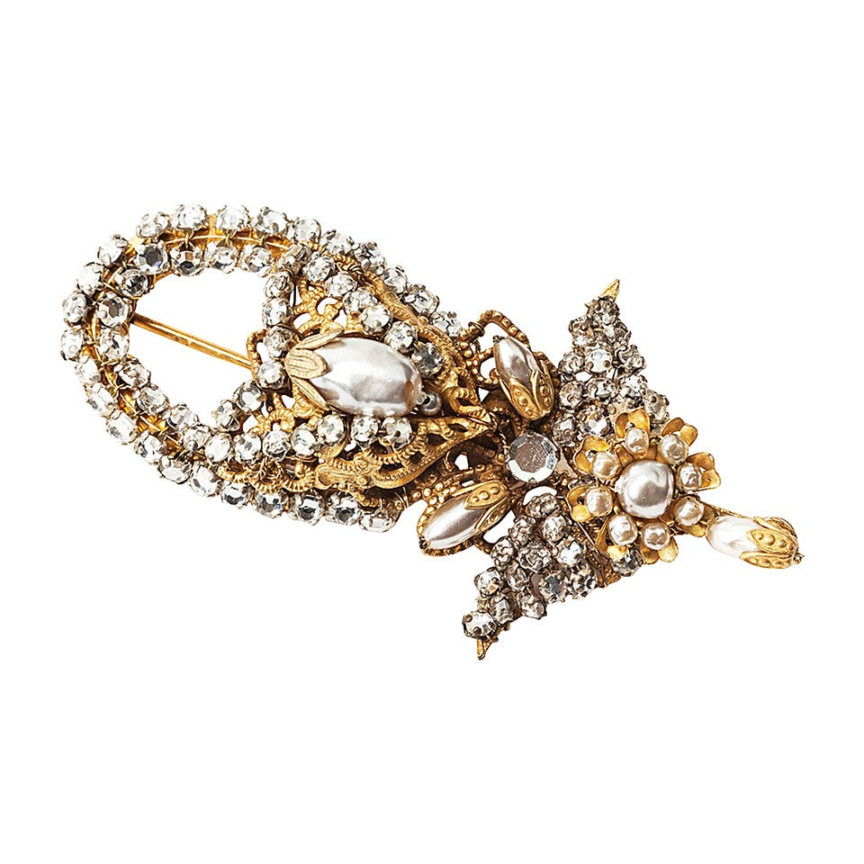 Miriam Haskell Faux Pearl and Crystal Brooch For Sale